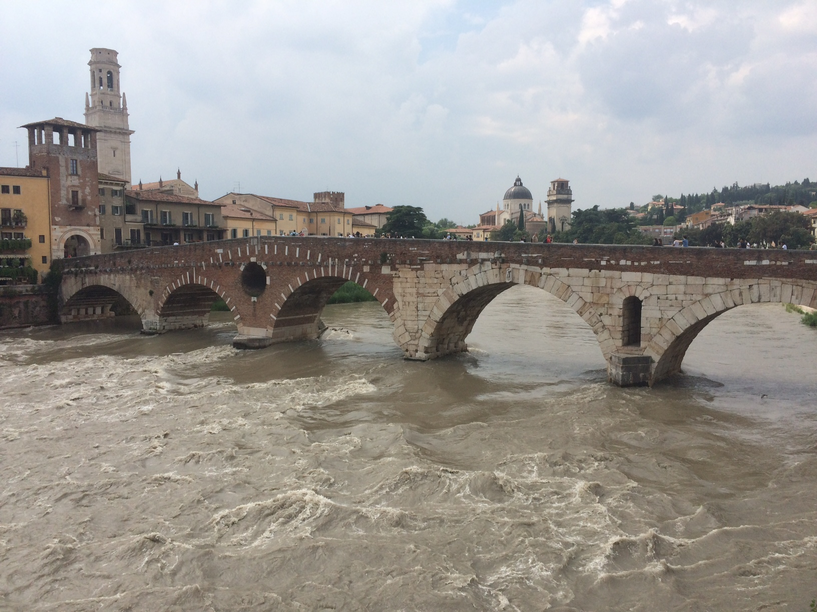 the beautiful ponte pietra bridge